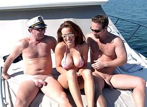 Big Tits Boat Porn Pictures